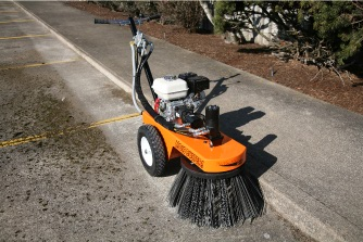 Bensink Rotary Broom in action