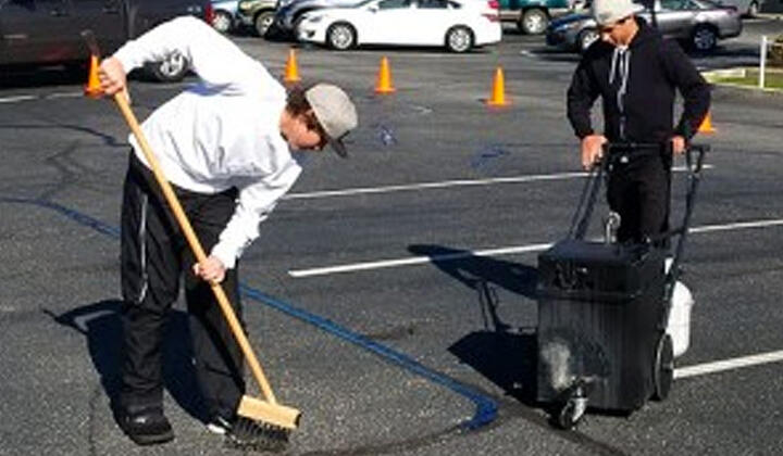 AK_Blog_CleaningAsphalt