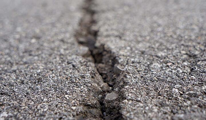 Cracked asphalt can be fixed