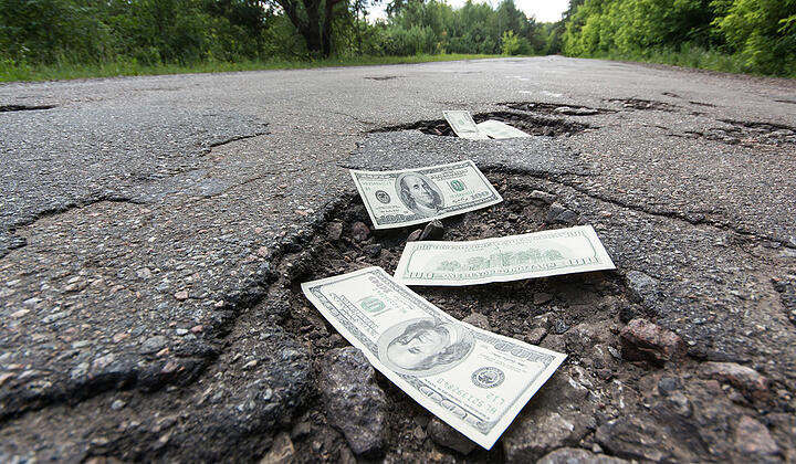 Why Investing in Sealcoating Asphalt Saves You Money