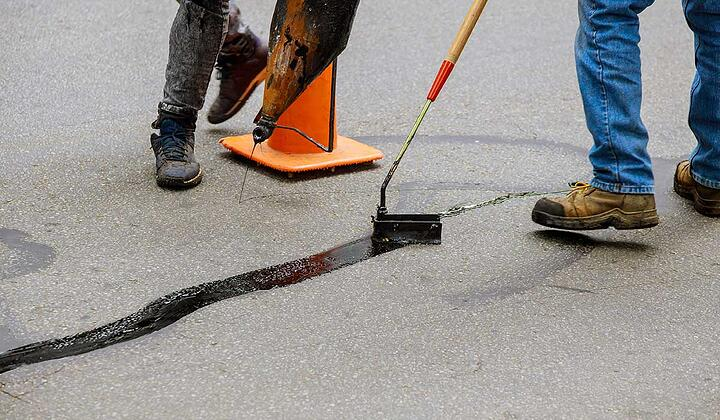 How to Troubleshoot Asphalt Crack Repair Problems Like a Pro
